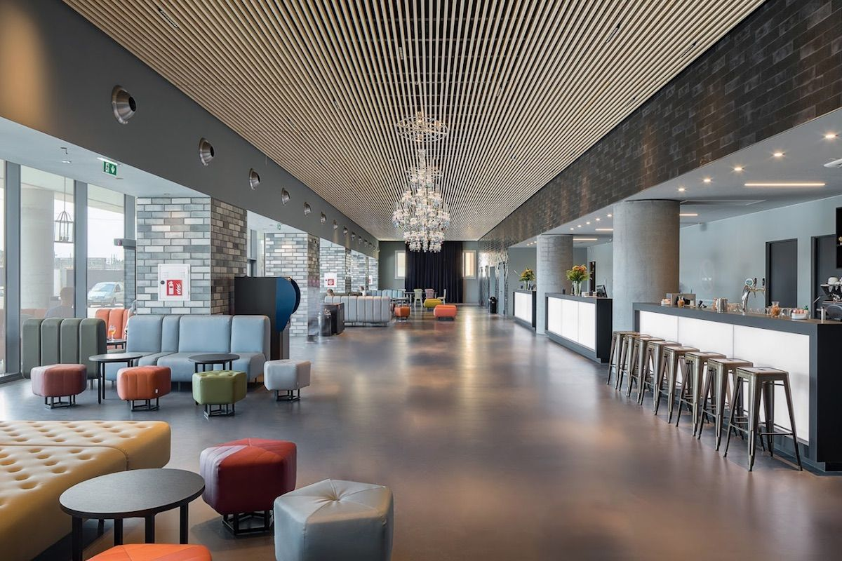 AO Hotels - false ceiling with open slats - Venice Mestre