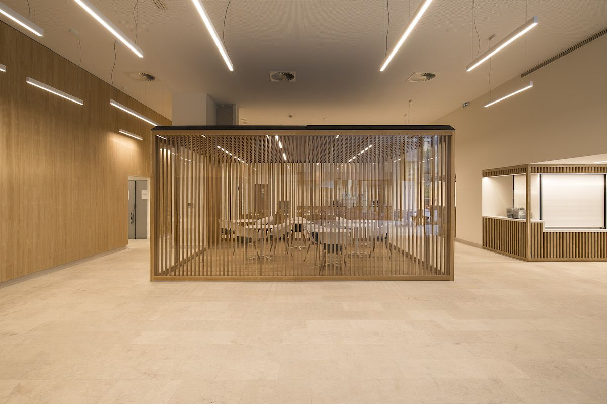 Groupe La Poste - coworking furniture in wood and glass - Paris France