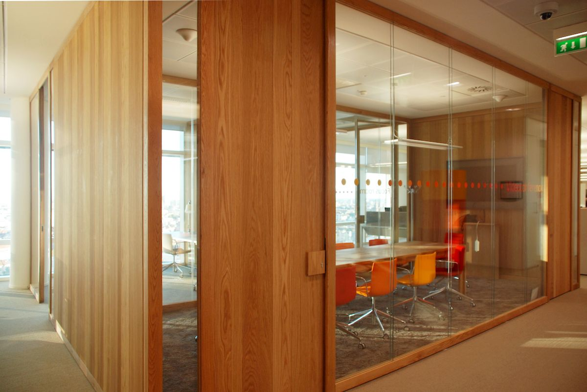 Unicredit Tower – smart working meeting room - Milano
